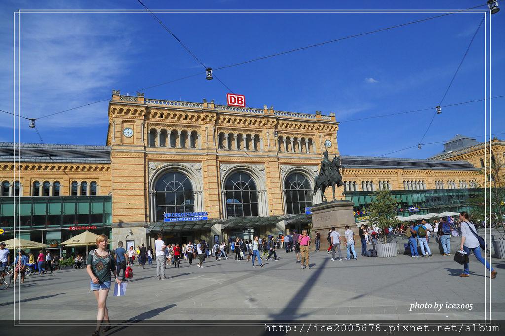 2017-Europe A_051717_0228.jpg