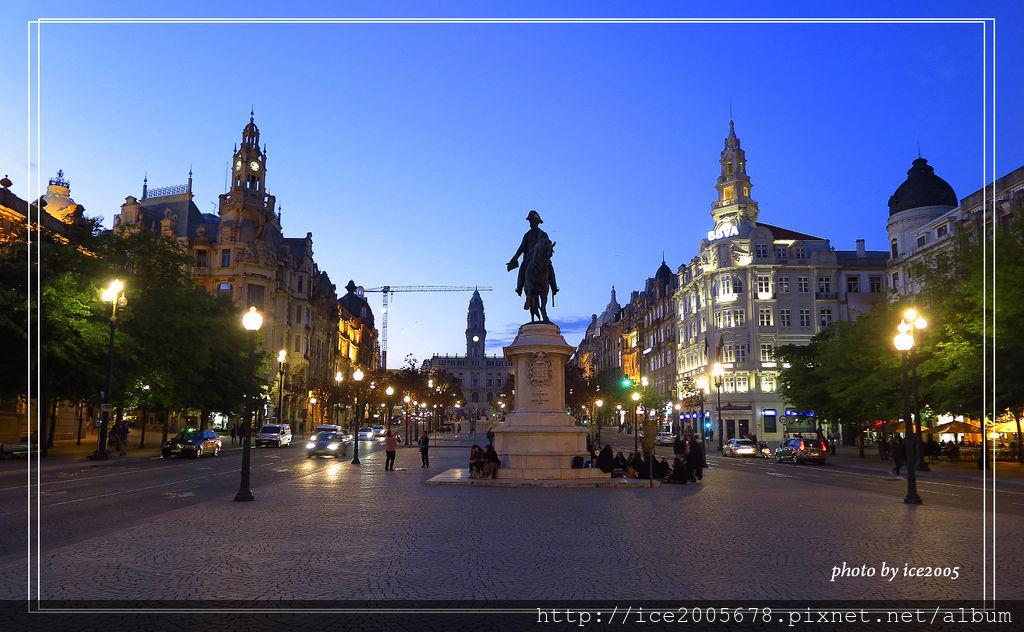 2018 Europe_0527_2187.jpg