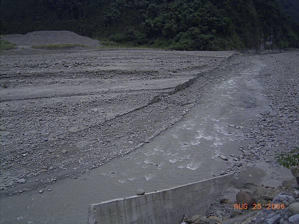 草嶺潭成為一條小溪(清水溪)