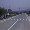 高速公路上的班馬線