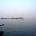 西湖!攝於船上