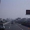 往上海的高速公路,快到上海了