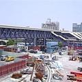 施工中的高雄三鐵共構車站