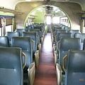 白鐵仔的座椅已全部更新(還滿像新竹客運FK049的內部)