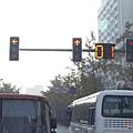 南京市-大陸紅綠燈都會配倒數顯示