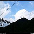 雲層撥開了一點藍