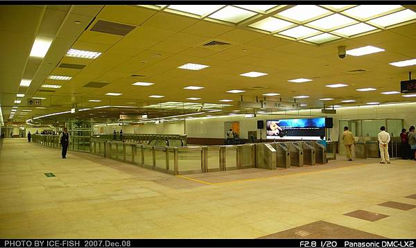 R8三多商圈-寬敞的穿堂層