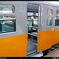 重新上漆的DR2053客車