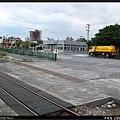 港區內鐵路平面化,也出現平交道