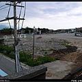 花蓮港線鐵路短暫進入新城鄉境,連小巷道也立體化