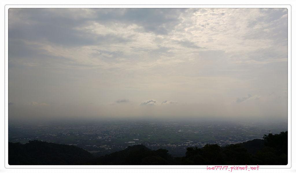 塔上美景1.jpg