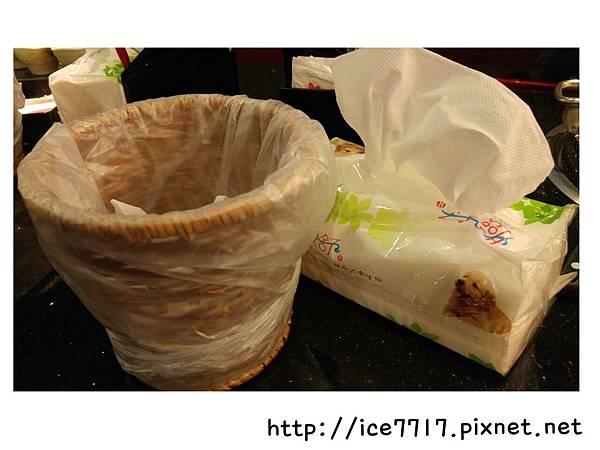 桌上垃圾桶&衛生紙.jpg