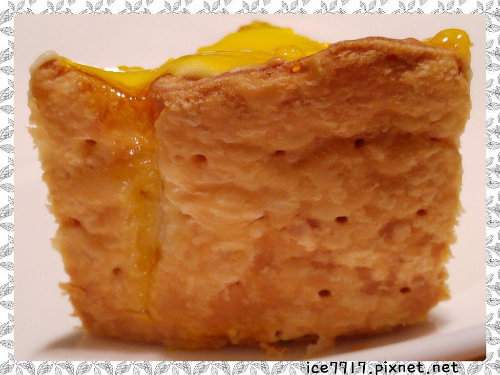 PABLO半熟起司塔-餅皮吃起來鬆酥