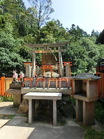0929 稻荷神社 (58).JPG