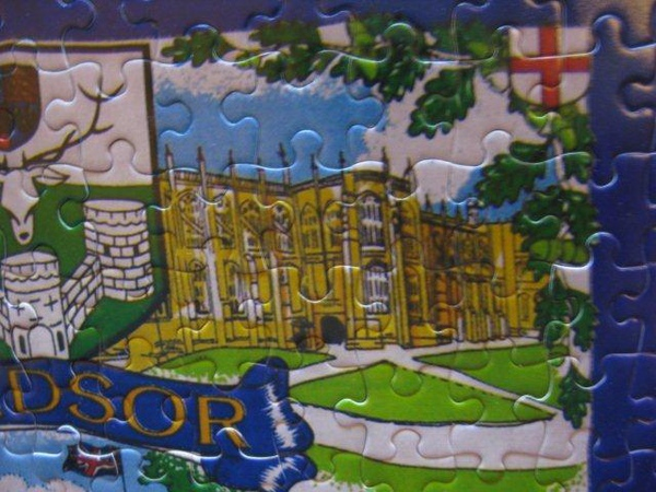 2010.11.08 300 pcs Windsor tea towel (19).jpg