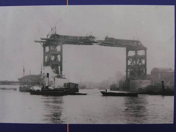 2005.12.18 Tower Bridge (58)