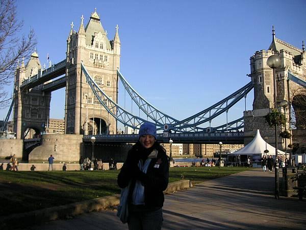 2005.12.18 Tower Bridge (250)