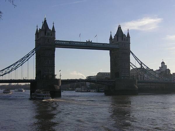 2005.12.18 Tower Bridge (22)