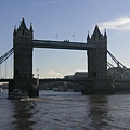 2005.12.18 Tower Bridge (22)