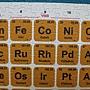 2011.09.18 1000 pcs 化學元素週期表 (2).JPG