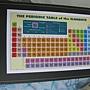 2011.09.18 1000 pcs 化學元素週期表 (10).JPG
