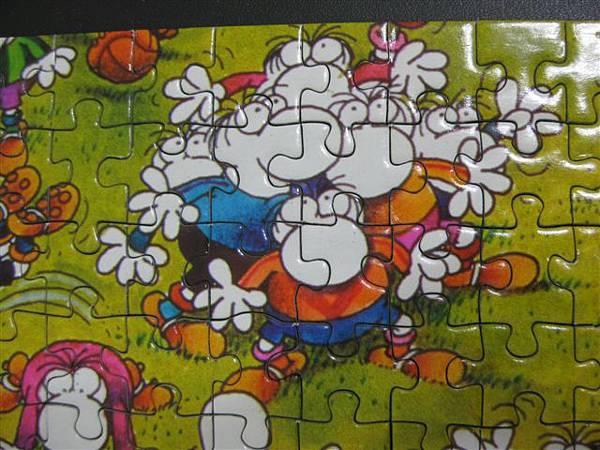 2011.11.22~24 500 pcs Crazy Football (16).JPG