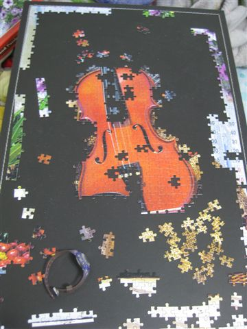2011.12.12 1000 pcs Violin's Melody (2).JPG