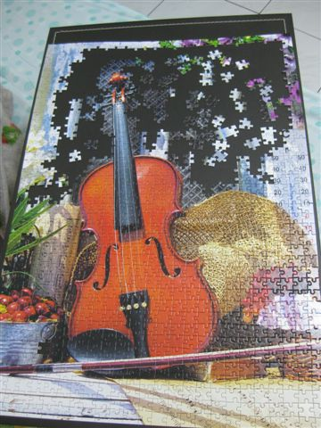 2011.12.12 1000 pcs Violin's Melody (3).JPG