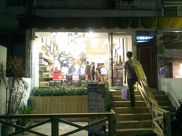 2012.06.09 雷諾瓦台北南西店 (1)