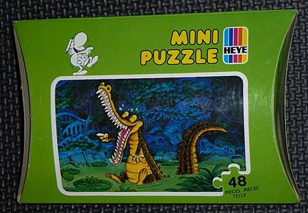 48 pc-Laughing Crocodile-Green Box (2).JPG