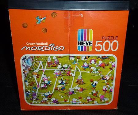 500 pc-Crazy Football-b.JPG