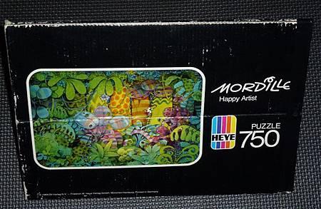 750 pc-Happy Artist-b.JPG