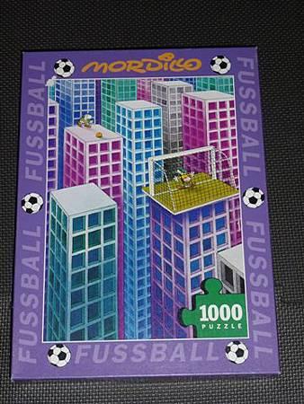 1000 pc-Fussball-Penalty Kick.JPG