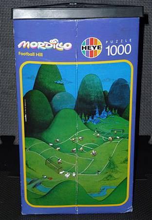 1000 pc-Football Hill-b.JPG