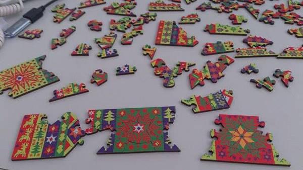 2014.11.26 40x6 Festive Crackers (5).jpg