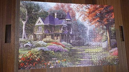 2015.04.25 1000pcs Victorian Garden (2).jpg