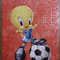 2015.09.11 108pcs Football-Tweety (1).jpg