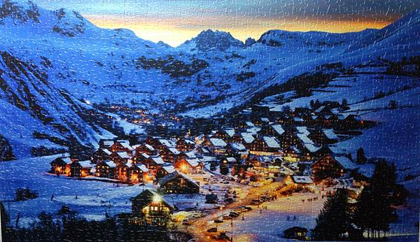 2015.12.23 1000pcs Beautiful Dusk in French Alps Resort 阿爾卑斯山雪景 (1).jpg