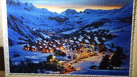 2015.12.23 1000pcs Beautiful Dusk in French Alps Resort 阿爾卑斯山雪景 (2).jpg