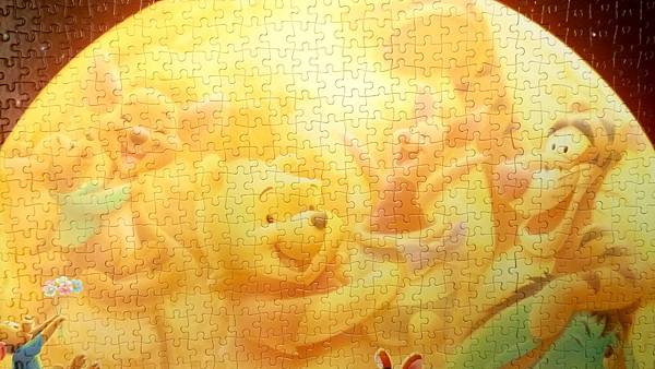 2017.02.19-21 2000pcs The Full Moon (Winnie the Pooh) (7).jpg