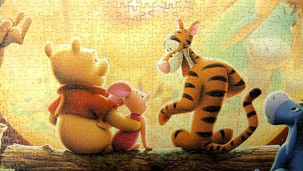 2017.02.19-21 2000pcs The Full Moon (Winnie the Pooh) (8).jpg