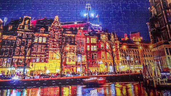 2017.04.07 500pcs Amsterdam at Night (2).jpg