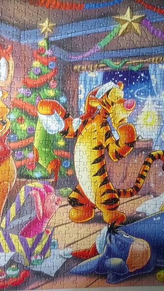 2017.06.03 1000pcs Winnie the Pooh Christmas Fun (6).JPG