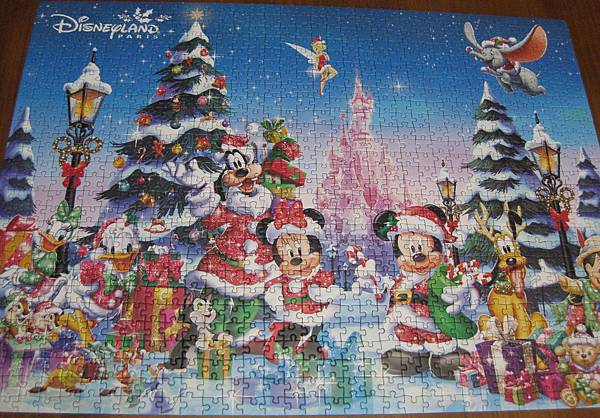 2017.12.16 1000pcs Disneyland Paris - Christmas (1).JPG