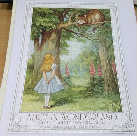 2018.01.02 500pcs Alice in Wonderland and Through the Looking Glass - Cheshire Cat (3).jpg