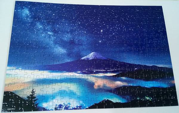 2018.02.28 300pcs The Stars in Heave and Mt. Fuji 世界遺產-滿天星空的富士山.jpg