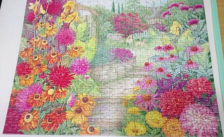 2018.06.20 500pcs Garden Vistas No.3 Autumn Glory (1).jpg