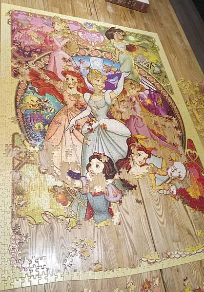 2018.08 2000pcs Disney Princess (2).jpg