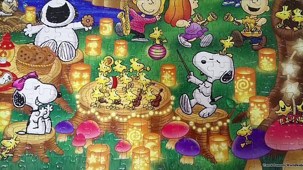 2018.10.25 500pcs Snoopy Lantern Party (4).jpg