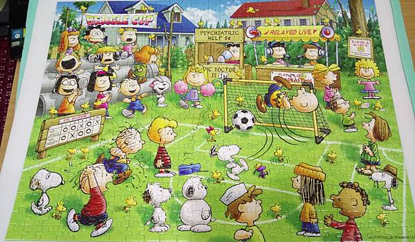 2018.10.31 500pcs Snoopy Football (1).jpg